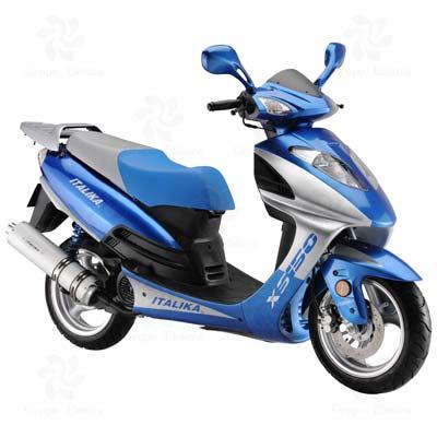 Motoneta marca ITALIKA modelo XS150 AZUL